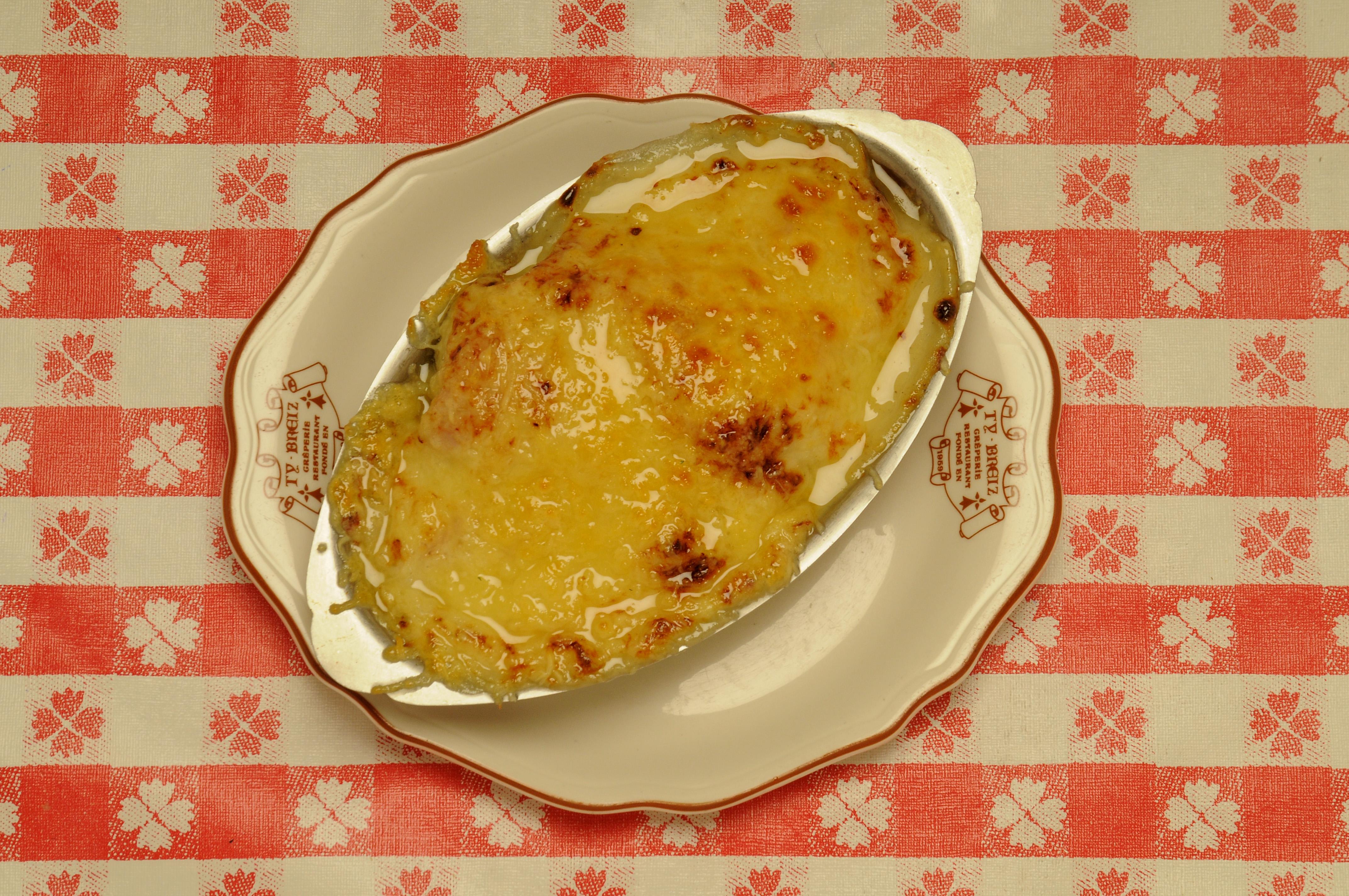 Chou-fleur au jambon gratiné